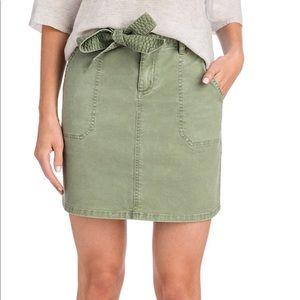 Brand new vineyard vines utility skirt